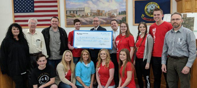 Mayor's Youth Advisory Council Receives $1,000 Donation